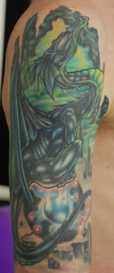 Dragon 1/2 Sleeve